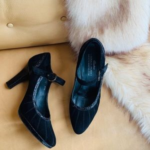 Donald J. Pliner Couture black leather Mary Janes